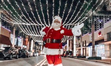Pics with Santa on Main Street
